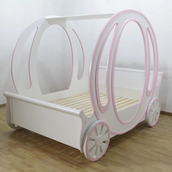 Luxury Princess Carriage Bed for Little Princesses from madaame