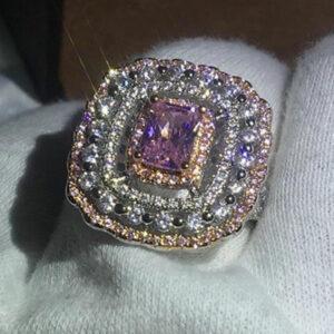 Madaame Exaggerated Princess 14K gold Diamond Ring