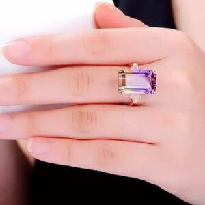 Madaame 14K Gold Diamond Ring